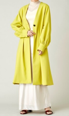 着飾る恋には理由があって川口春奈さんが着ていた黄色(イエロー)のコート(リリーブラウン)