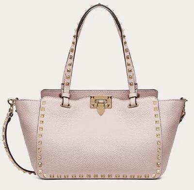 着飾る恋には理由があって1話の川口春奈さんのパステルピンクのバッグ(ヴァレンティノ)